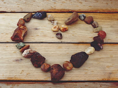 heart-shape brown stones