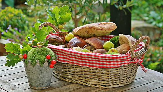 baked breads in basket on table