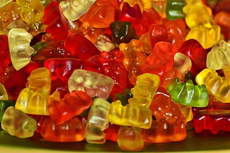 assorted-colored gummy bears lot