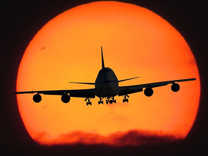 airplane at nighttime