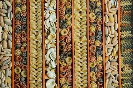 layered uncooked pasta