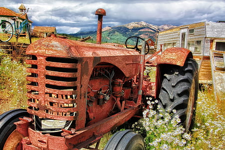 brown and black tractor