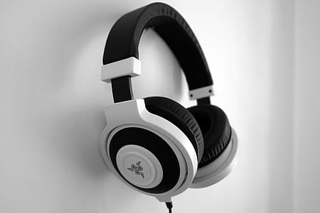 grayscale photo of Razer corded gaming headphone