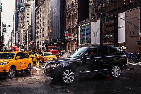 Street shot captured on 5th Avenue, Manhattan, New York City