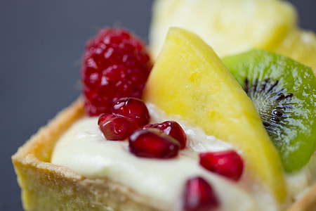 Closeup shot of a fruit tart dessert