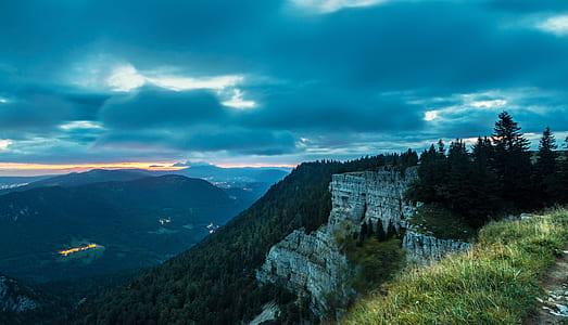 mountain rage view during daytime