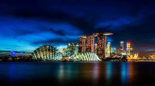 panoramic photograph of Marina Bay Sand, Singapore