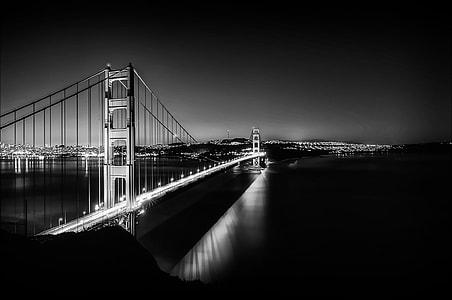 greyscale photo of Brooklyn Bridge
