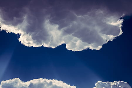 close-up photo of white clouds and blue sky