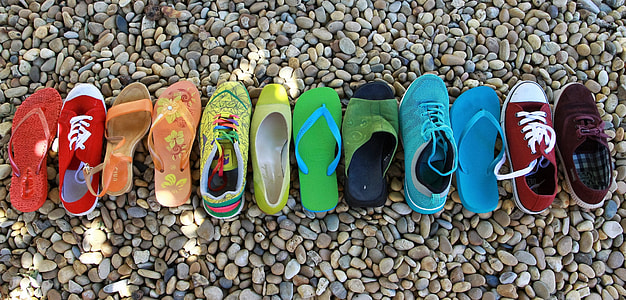 unpaired shoes, sandals, and flip-flops