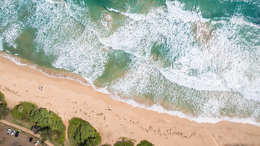 aerial view photography of shore and ocean