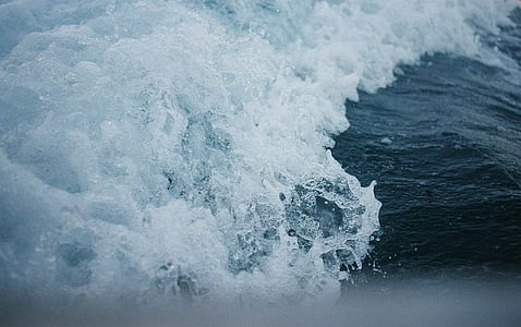 ocean wave closeup photo