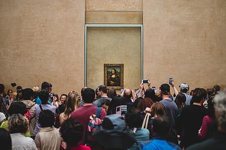 Mona Lisa by Leonardo Da Vinci painting on wall