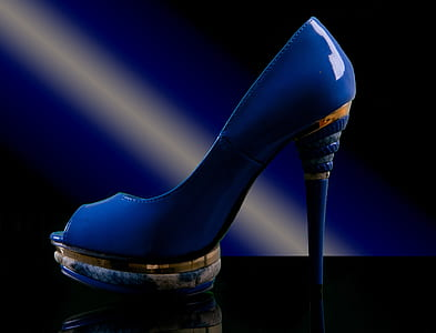 unpaired of blue leather open-toe platform stiletto pump