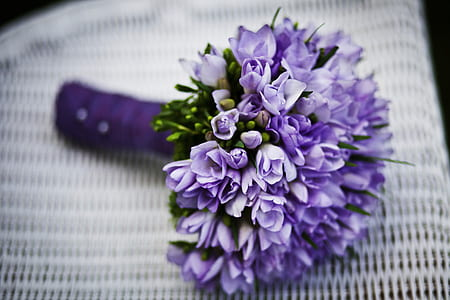 purple petaled flower bouquet
