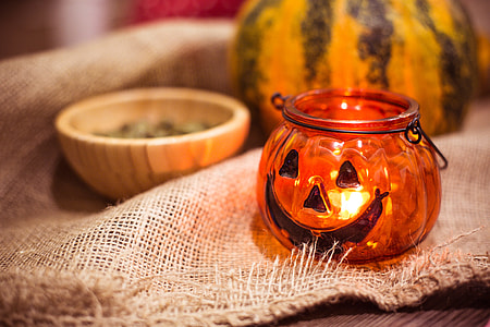 Preparing For Halloween: Pumpkin Candle Holder