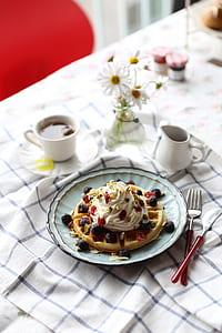 round waffle on white plate