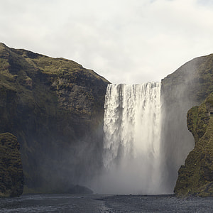 landscape photography of waterfalls during daytime