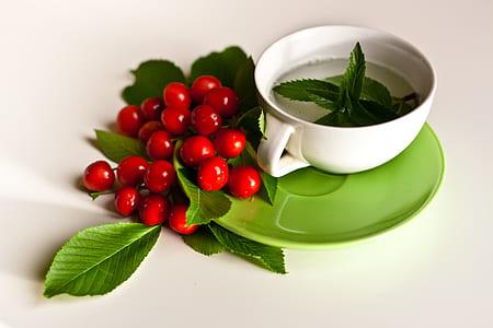 Mint & cherries