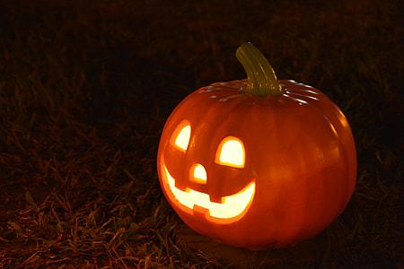 brown Jack-'o-Lantern during nighttime