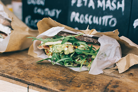 Healthy sandwiches with cheese and vegetables