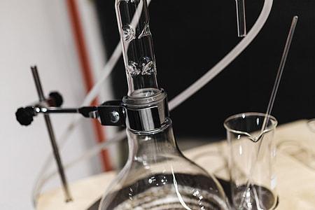 Glass distillation equipment
