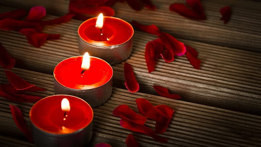 three red tealights photography