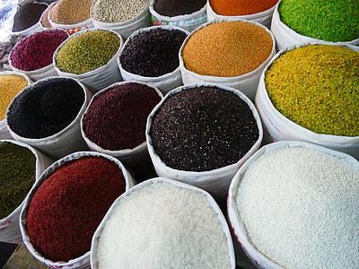 assorted-color grain lot