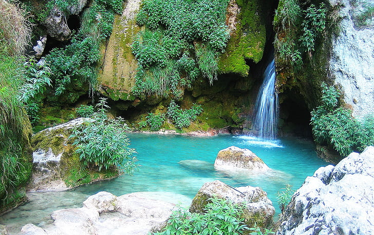 waterfalls on cave