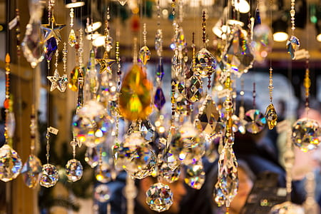 closeup photo of clear crystal chandelier