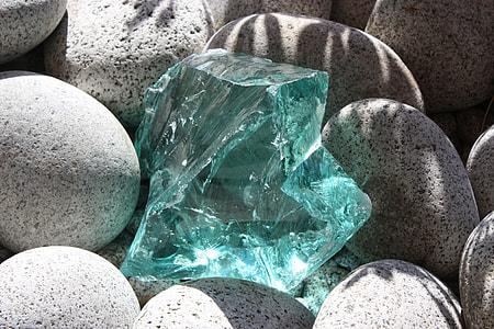 clear gemstone fragment