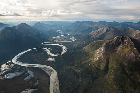 river passing through mountains