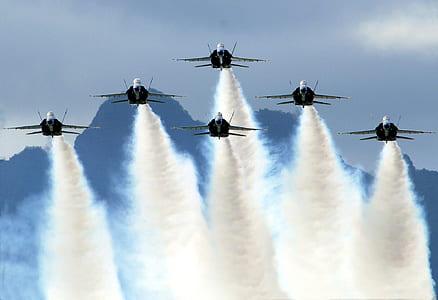 six black jet planes
