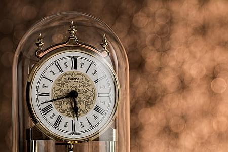 clear glass roman numeral anniversary clock