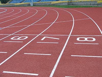 racetrack starting line