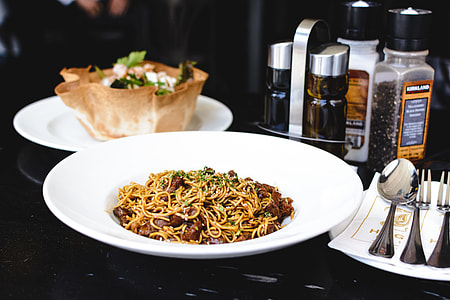 Oyster sauce noodles with beef meat