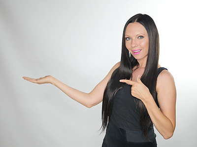 woman wearing sleeveless top