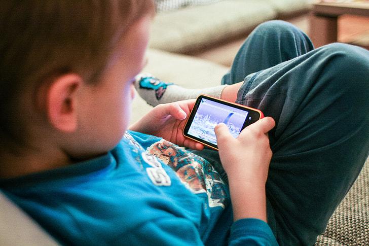 Kids Like Mobile Games