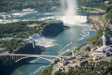 aerial photo of Niagara falls during daytime