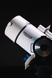 black Meade LX200GPS device