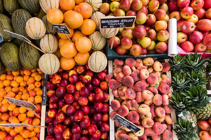 Fresh fruit in summer II