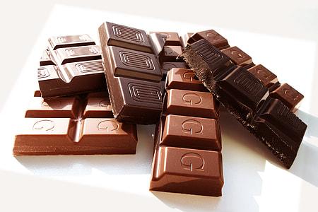 macro shot of chocolate bars