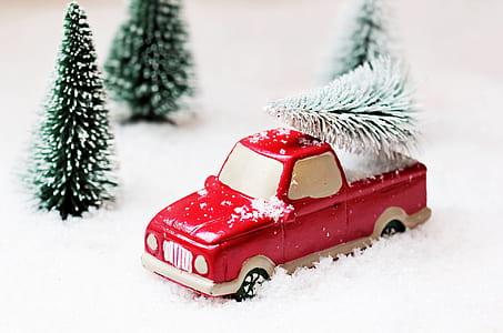 red single cab pickup truck die-cast model