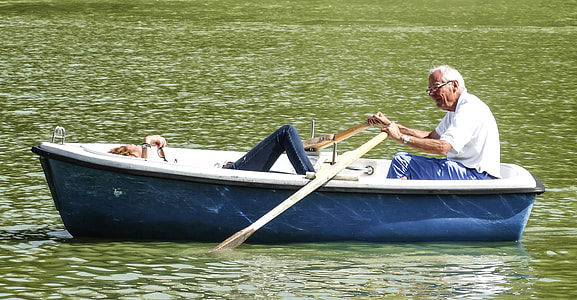 two person on punt boat