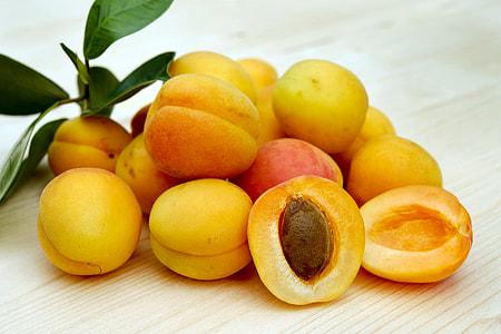yellow fruits