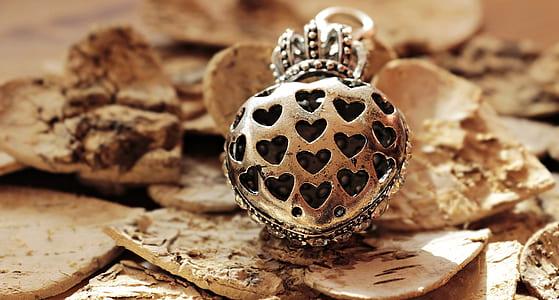 heart silver pendant