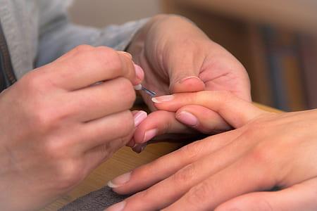 manicure focus photography