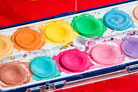 assorted-color palette