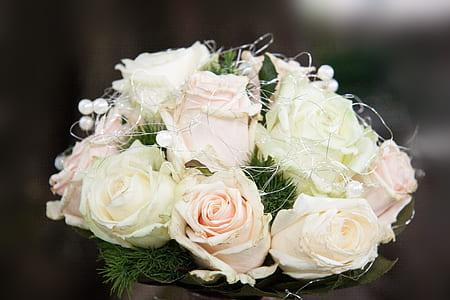 white Rose flower centerpiece