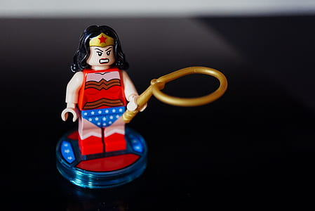 LEGO Wonder Woman plastic figure
